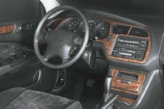 Innendekor Armaturenbrett/ Mittelkonsole/ Türen Honda Accord