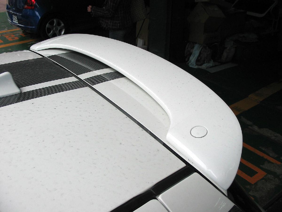 Fiberglass SpoilersSPL-Tuning Suzuki Swift 05+ Roofspoiler