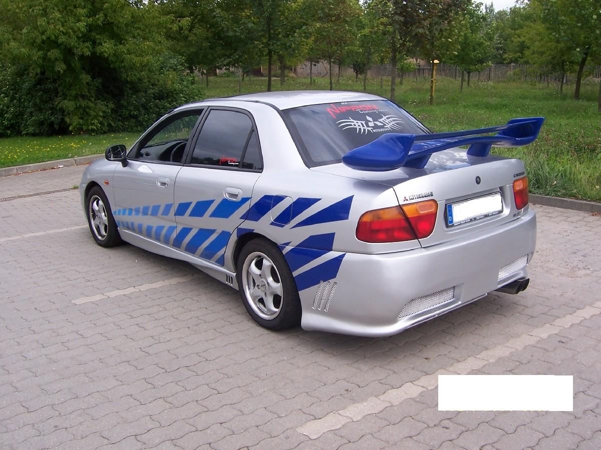 Heckstoßstange Nipponstyle Mitsubishi Carisma