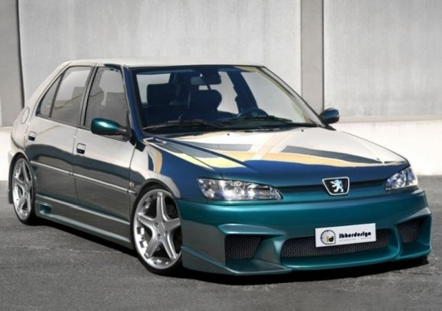 Bodykit Peugeot 306 MK2 5T (97-01) VOLTAGE
