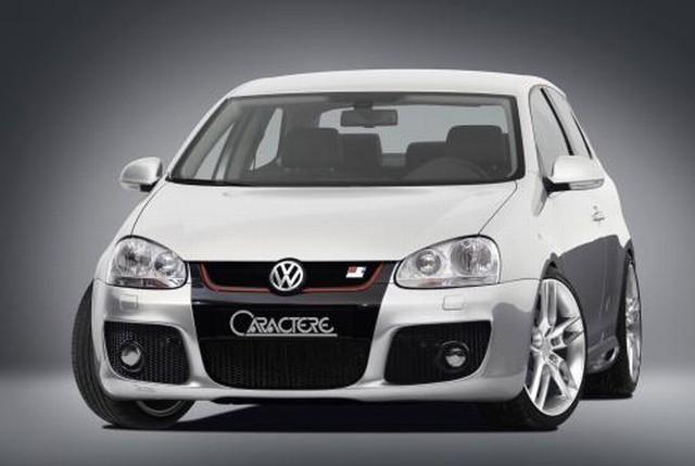 Frontstoßstange für Fahrzeuge mit Nebelscheinwerfer Caractere Tuning VW Golf 5