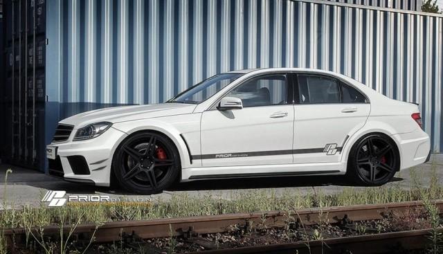 Prior-Design Black Edition Breitbau Bodykit Mercedes C-Klasse W204 aus ABS