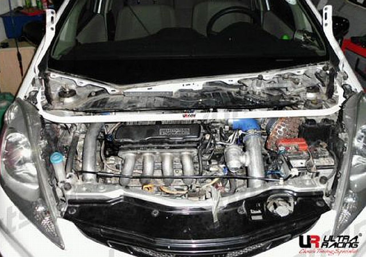 UltraRacing Domstrebe Honda Jazz/Fit ab 08 1.3