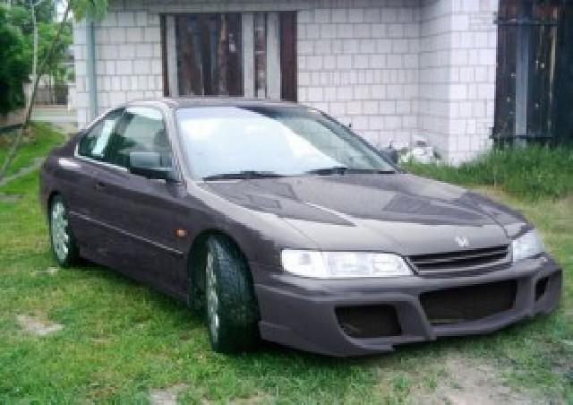 Frontstoßstange Honda Accord 96-98 Nipponstyle