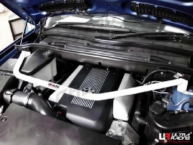BMW E53 X5 4.4 99-06 UltraRacing Front Upper Strutbar
