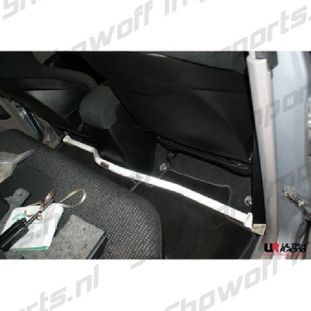 Mitsubishi L200 06-15  Ultra-R 2-Point Room Bar
