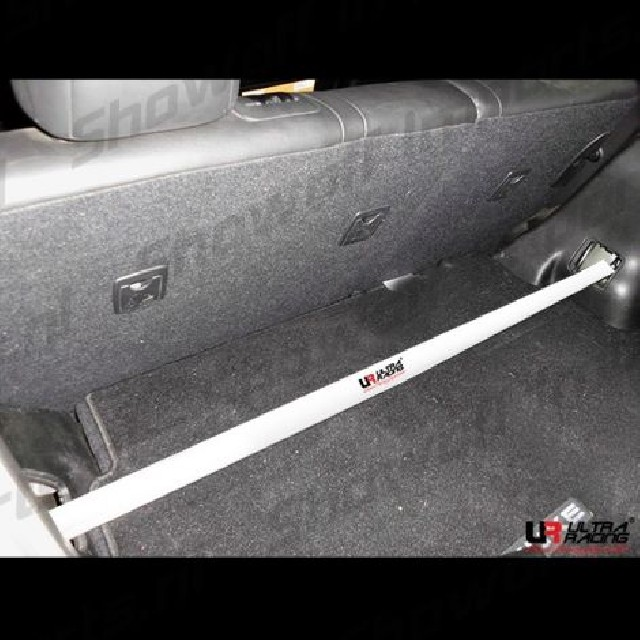 Nissan Juke 10+ UltraRacing 2-Point Rear Upper Strut Bar
