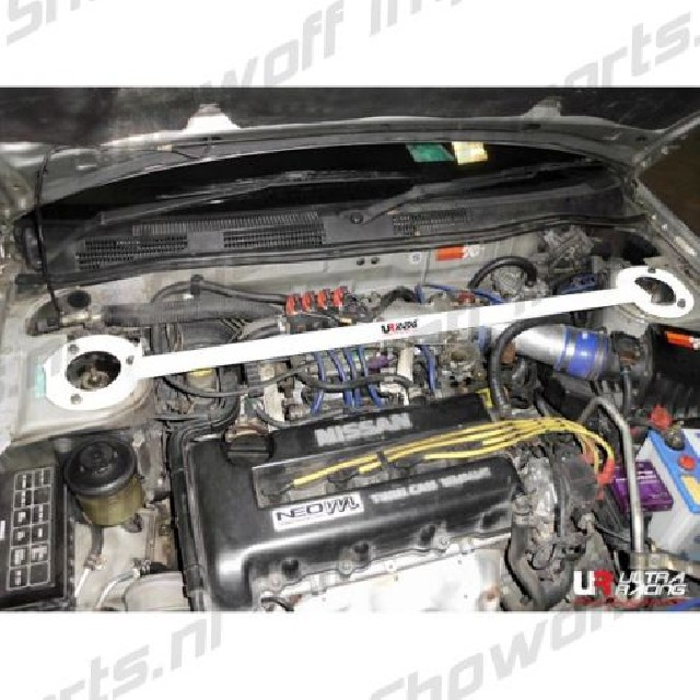 Nissan Primera 95-02 P11 UltraRacing Front Upper Strutbar