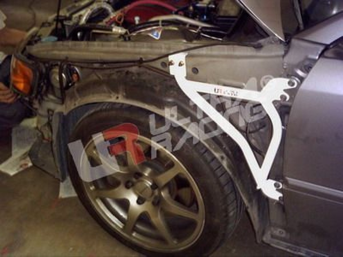 Honda Accord 97-02 CF4/CL1 UltraRacing 3-Point Fender Braces