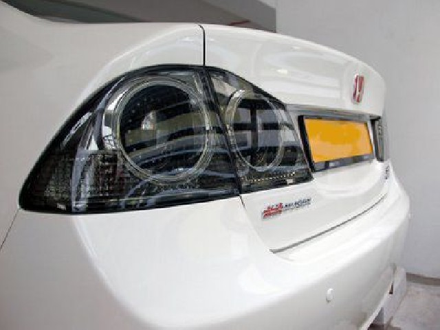 Honda Civic 4D/Hybrid 05+ LED Smoke Taillights