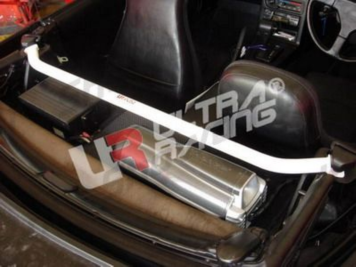 Mazda MX5 NA 90-98 UltraRacing 2-Point C-Pillar Rear Bar