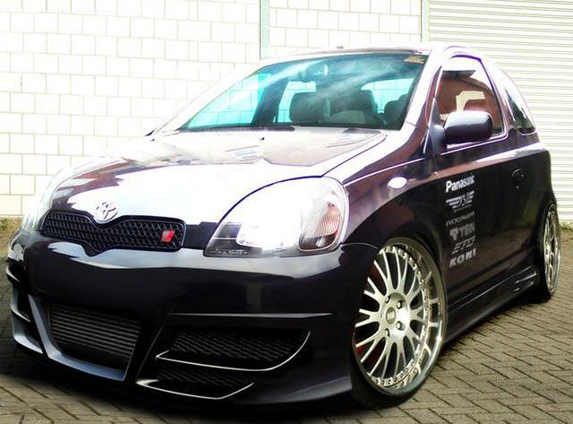 Frontstoßstange Toyota Yaris I 99-03