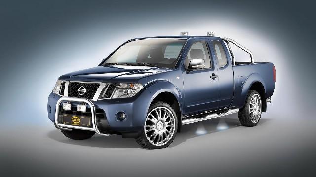 Frontbügel Edelstahl chrom  60 mm für Nissan Pathfinder & Pick Up Navara D40