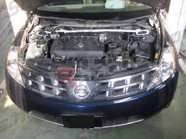 Nissan Murano 2WD 06+ UltraRacing Front Upper Strutbar