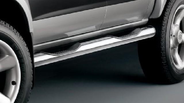 Schwellerrohre mit Trittflächen, Edelstahl  80 mm für Nissan Pickup D22, KC & SC