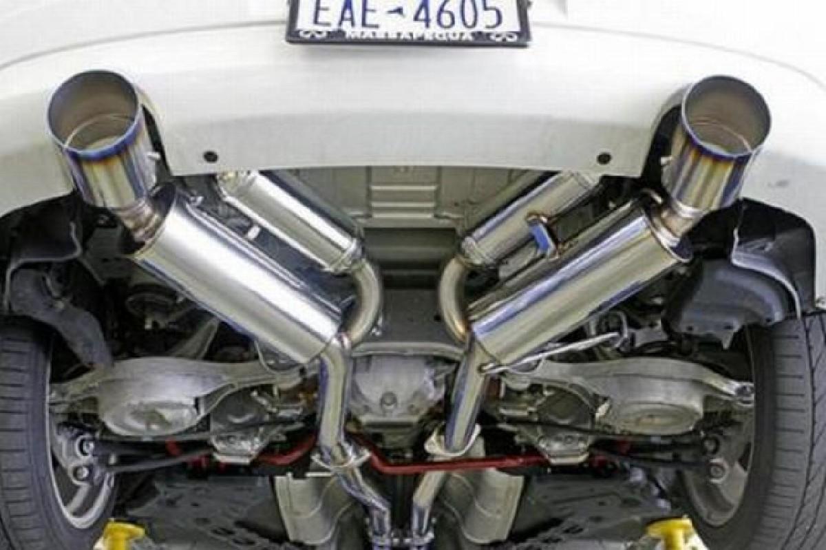 HKS Look Dual Tip Catback Auspuffanlage Nissan 350Z/G35/V35